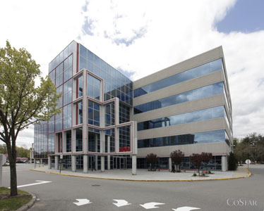 Corporate national realty for 400 garden city plaza